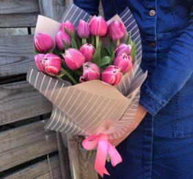 Букет #24 ( 15 тюльпанов )