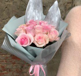 Букет из 11 Розы в оформлении