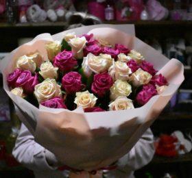 31 роза в оформлении