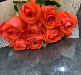 9 Роз в оформлении