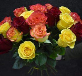 Букет микс из 21 розы