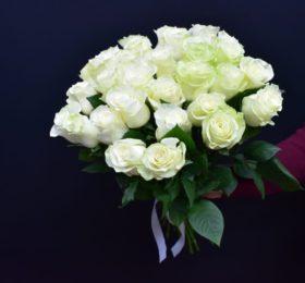 Букет из 31 Розы на ленте